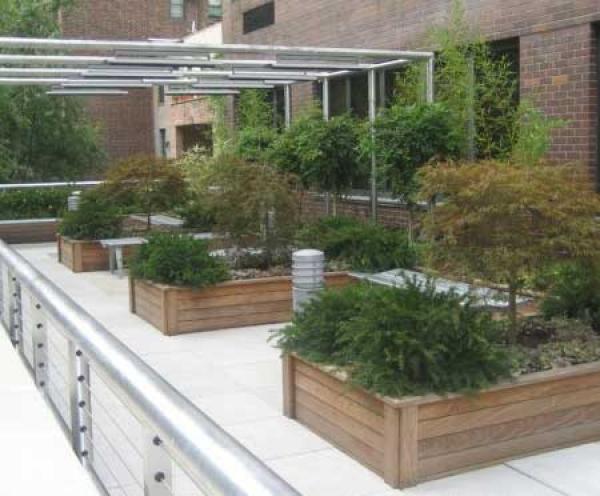 Giardini belli, eleganti e sempre verdi ora con SunEasy è tutto ...